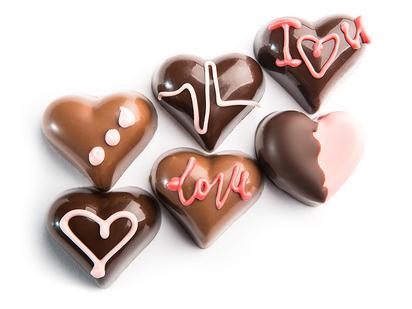 Цветы, открытки шоколадное сердце